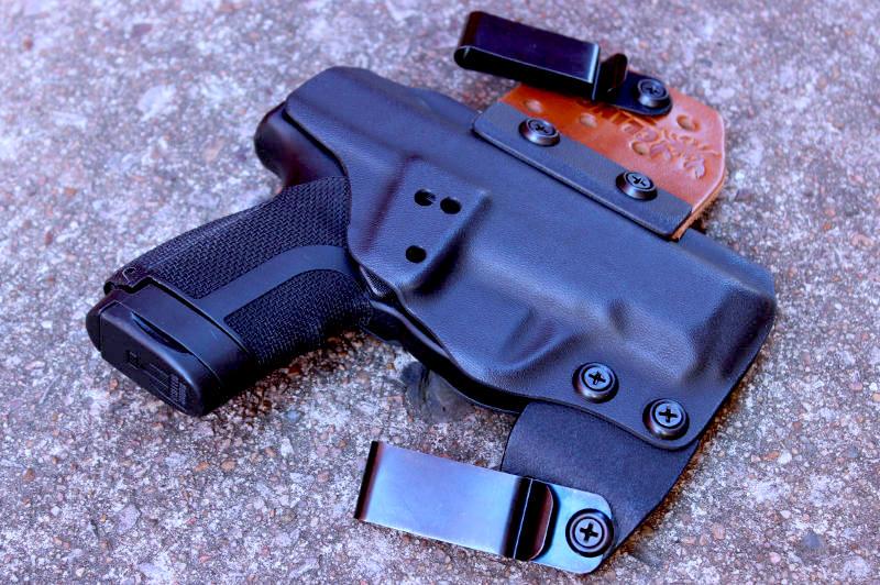 Beretta APX Carry V3 No Print Wonder IWB Holster