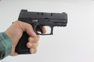 Sig P320 XCOMPACT IN HAND