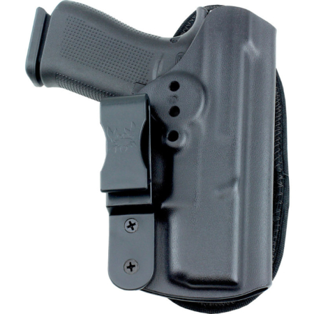HK USP 45 Compact holster with shirt tucked in