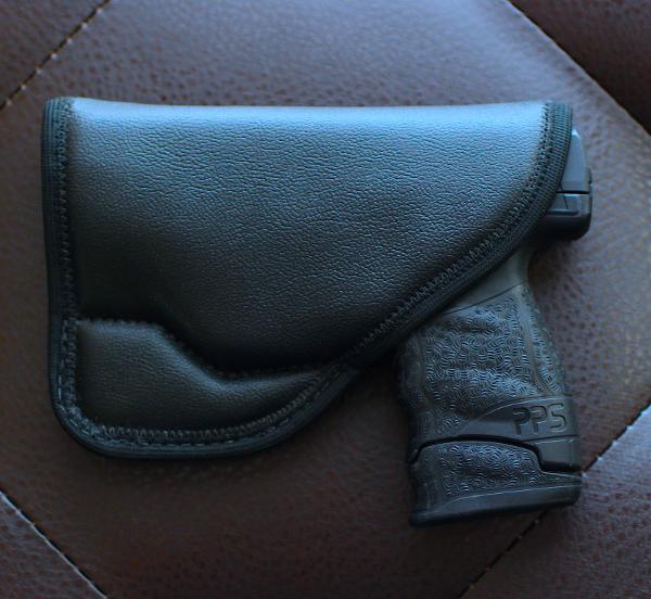 clipless Ruger SR40C holster for pocket